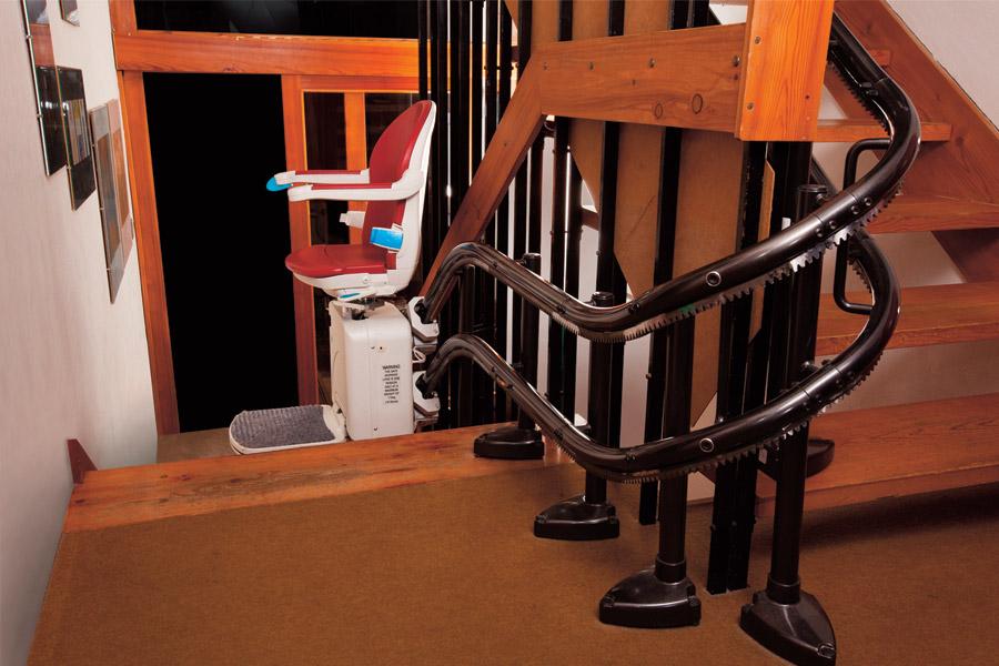 Stoličkový výťah Minivator 2000